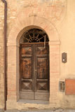 Alte italienische Haustür Stockbild
