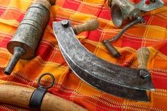 Alte Küchenwerkzeuge für die Produktion von Fleischwaren - Würste Lizenzfreie Stockfotos