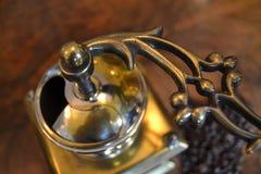 Alte Kaffeemühle Stockfotografie