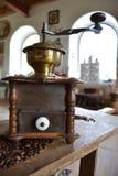 Alte Kaffeemühle Stockbild