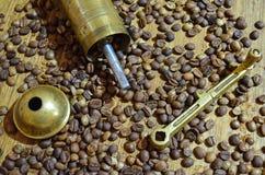 Alte Kaffeemühle lizenzfreie stockfotografie