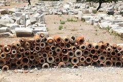 Alte Kanalisations-Rohre in alter Stadt Ephesus Stockfoto