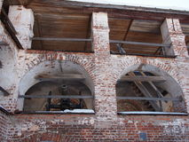 Alte Kanone auf der Wand Stockbild