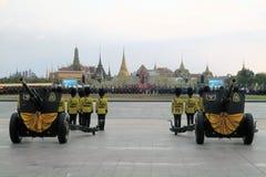 Alte Kanonen für Geburtstag thailändischen Königs, ein Major lizenzfreie stockfotos