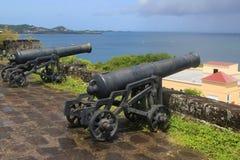 Alte Kanonen am historischen Fort George in St- George` s, Grenada lizenzfreie stockfotografie