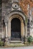 Alte Kapellen-Tür Lizenzfreie Stockbilder