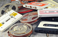 Alte Kassette und Bänder Lizenzfreie Stockfotografie