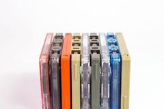 Alte Kassetten auf weißem Hintergrund Lizenzfreie Stockfotografie