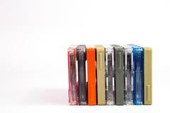 Alte Kassetten auf weißem Hintergrund Lizenzfreie Stockbilder