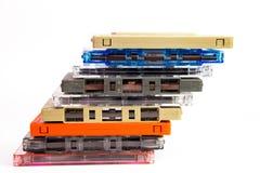 Alte Kassetten auf weißem Hintergrund Lizenzfreies Stockbild