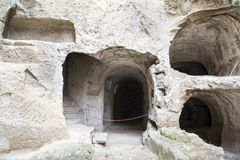 Alte Katakomben wo, sobald San Gennaro begraben wurde stockfotos