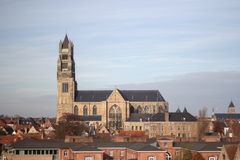 Alte Kathedralenansicht in Brügge Stockbild