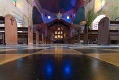 Alte katholische Kirche Lizenzfreie Stockfotos