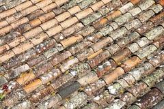 Alte keramische Dachplatten in Cabrespine Lizenzfreie Stockfotografie