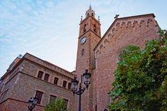 Alte Kirche in der alten Stadt von Barcelona Stockfotografie