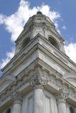 Alte Kirche in der russischen Stadt Kashin lizenzfreies stockfoto