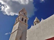 Alte Kirche in im Stadtzentrum gelegenem Campeche Lizenzfreies Stockfoto
