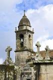 Alte Kirche und Friedhof in Galizien Stockbilder