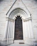 Alte Kirchetür Lizenzfreie Stockfotos