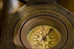 Alte Kompass-Nahaufnahme Stockfoto