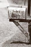 Alte landwirtschaftliche Mailbox stockfotos