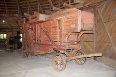 Alte Landwirtschaftsmaschinerie am deutschen Museum bei Frutillar, Chile Stockbilder