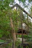 Alte Laufkatzenbrücke stockfotos