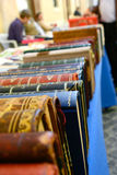 Alte lederne gebundene Bücher Stockbilder