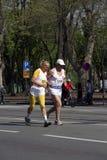 Alte Leute auf Marathon Lizenzfreie Stockfotos