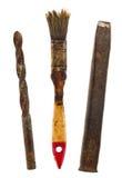 Alte lokalisierte Werkzeuge: Bohrgerät, Bürste, Meißel Lizenzfreies Stockfoto
