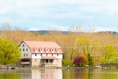 Alte Mühle, Kind-` s See Lizenzfreie Stockfotografie