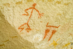 Alte Malereien der Petroglyphen stockbild