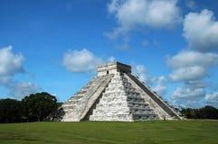 Alte Mayapyramide lizenzfreies stockbild