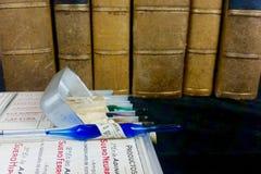 Alte Medizin und medizinische Bücher Stockbilder