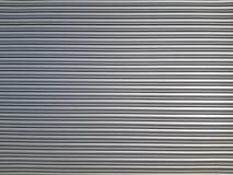 Alte Metallvorhänge gemalt mit starker Schicht heller Farbe als Hintergrund lizenzfreies stockbild