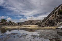 Alte mexikanische Pyramide Lizenzfreie Stockfotografie