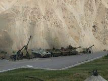 Alte militärische Ausrüstung in Panjshir-Tal Lizenzfreie Stockbilder