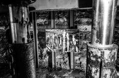 Alte Minenmaschiene mit Foto Stockfotos