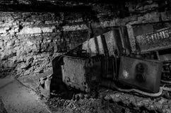 Alte Minenmaschiene unterirdisch Stockfotografie