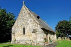 Alte mit Stroh gedeckte Kirche in Lincolnshire, Großbritannien Stockbilder