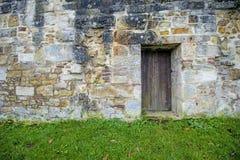 Alte, mittelalterliche Abteiwand Stockfotos