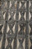 Alte mittelalterliche Ziegelstein- und Bauholzwand Stockbilder