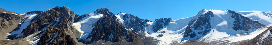 Alte montagne fotografie stock libere da diritti