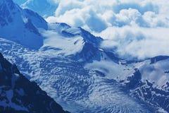 Alte montagne di Caucaso Fotografie Stock Libere da Diritti