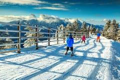 Alte montagne e pendii stupefacenti dello sci, Poiana Brasov, la Transilvania, Romania Fotografia Stock Libera da Diritti
