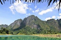 Alte montagne fertili del calcare. Fotografia Stock Libera da Diritti