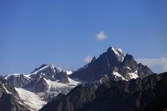 Alte montagne. Montagne di Caucaso. Georgia Fotografia Stock
