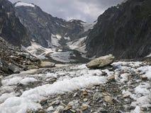Alte montagne nel complesso di Blanc del supporto, alpi Mounta di Val Veny Immagini Stock Libere da Diritti