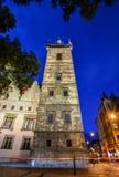 Alte neue Stadt Hall Tower und Nachtlichter, Prag, Tschechische Republik Lizenzfreie Stockbilder