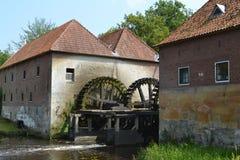 Alte niederländische Wassermühle Lizenzfreie Stockfotos